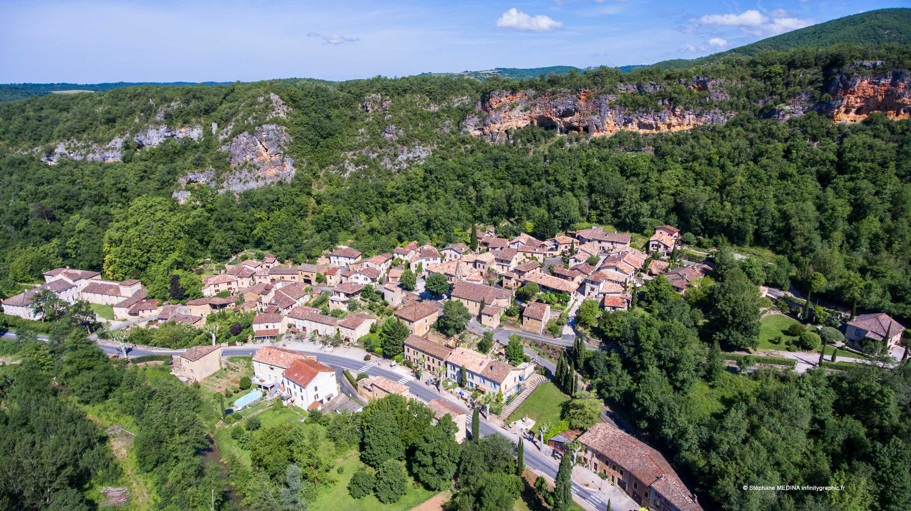 Village©